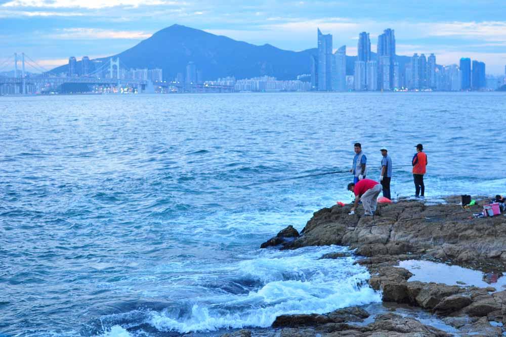 Igidae Coastal Walk: Top 15 Things to Do and Eat in Busan, South Korea >> Life In Limbo